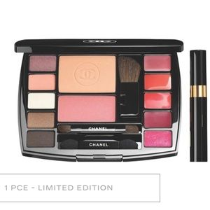 """Other - Chanel """" Take Flight"""" Makeup Set, limited edition"""
